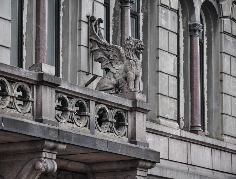 Грифон на здании Банка Северных стран, Выборг
