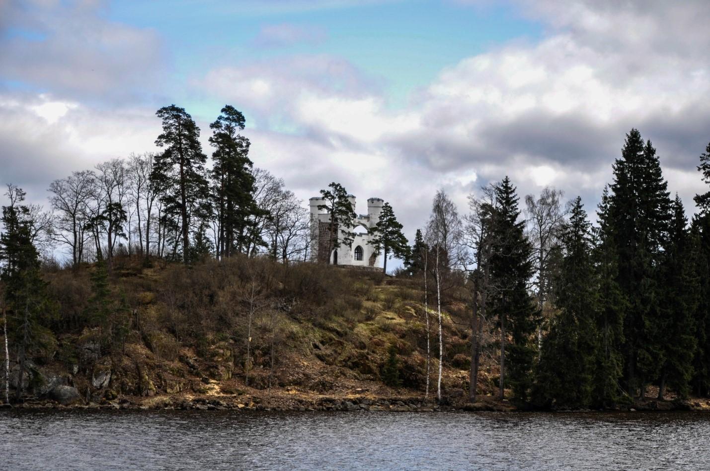 Остров Людвигштайн или Остров мертвых — фамильное кладбище Николаи, Выборг
