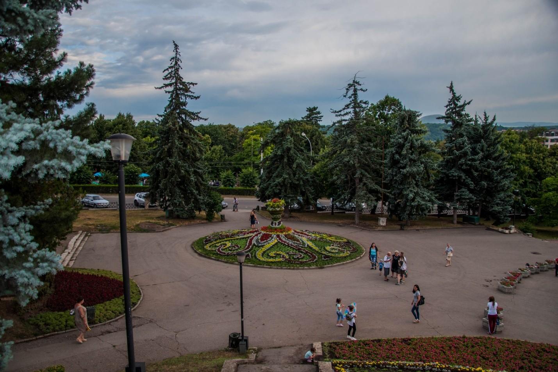 Ваза из цветов в Пятигорске