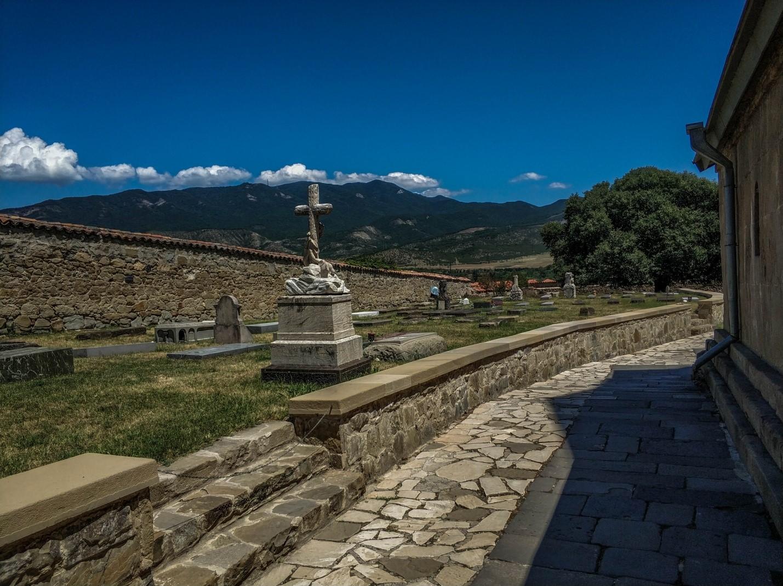 Кладбище монастыря Самтавро, Мцхета, Грузия