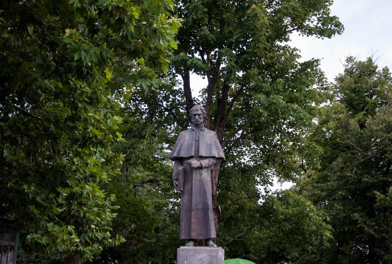 Памятник Соломону Додашвили, Сигнахи, Грузия